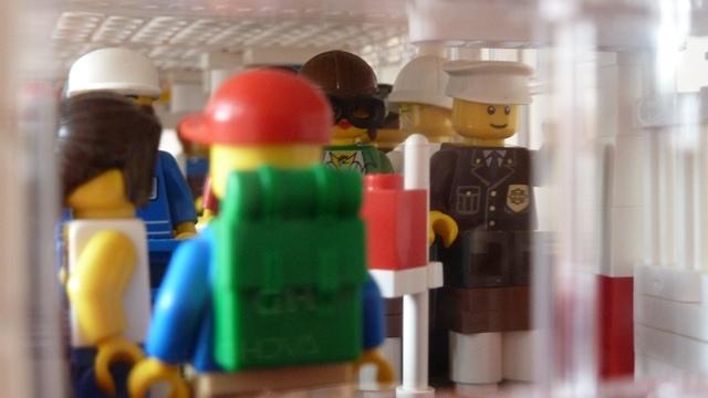 Ikarus Z Klocków Lego Twój Głos Potrzebny Joe Monster