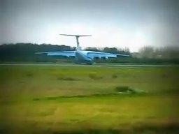 Co ten pilot odwalił po lądowaniu?