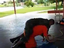 Jak ewakuować rannego żołnierza