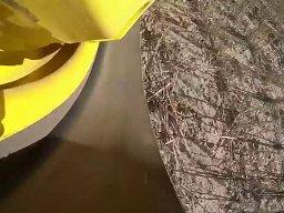 Widok z kamery założonej na gąsienicy