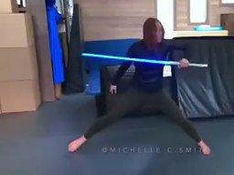 Niesamowity skill z mieczem świetlnym