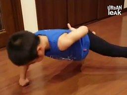 """Ryusei """"Ryuji"""" Imai, 8-letni chłopiec z Nara w Japonii, chce być jak Bruce Lee"""