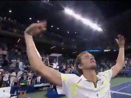 Kontrowersyjna gwiazda tenisa z Rosji sarkastycznie dziękuje amerykańskiej widowni za doping