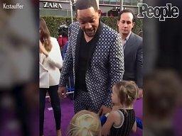 Will Smith tłumaczy małym dziewczynkom, że nie może publicznie używać swoich magicznych mocy