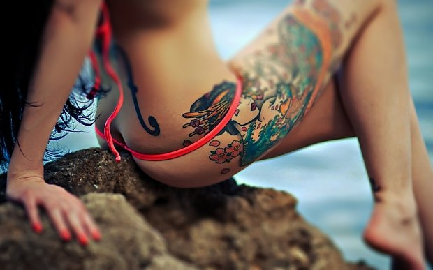l_1459515be6e925fsexytattoowallpaper1.jpg