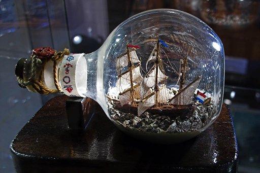ship-in-bottle4